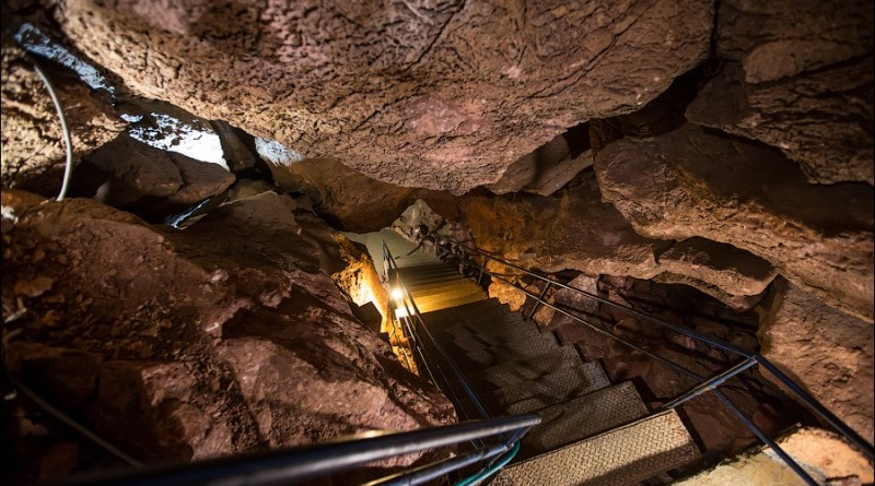 Скельская пещера как добраться