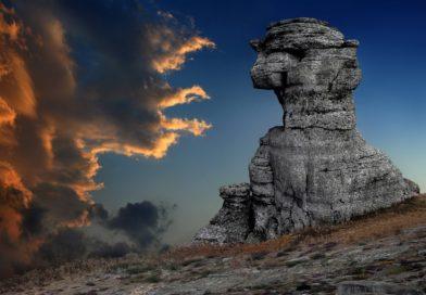 Долина привидений в Крыму:  причудливые фигуры, сотворенные природой