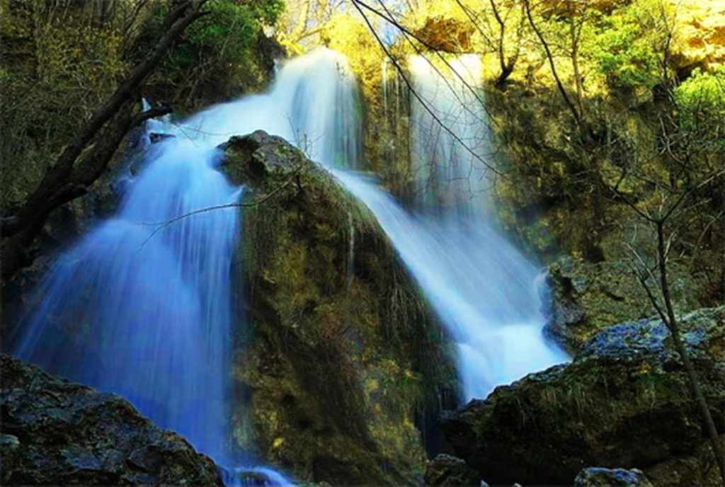водопад в крыму