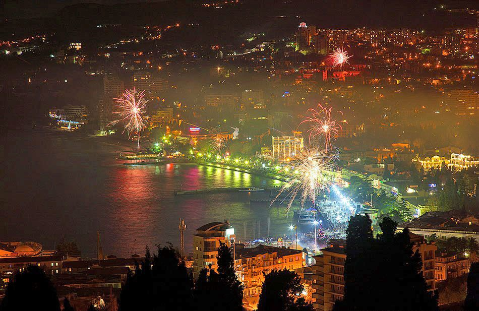 новым годом в Крыму