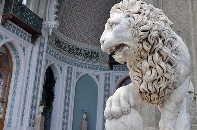 Воронцовский дворец в Алуште