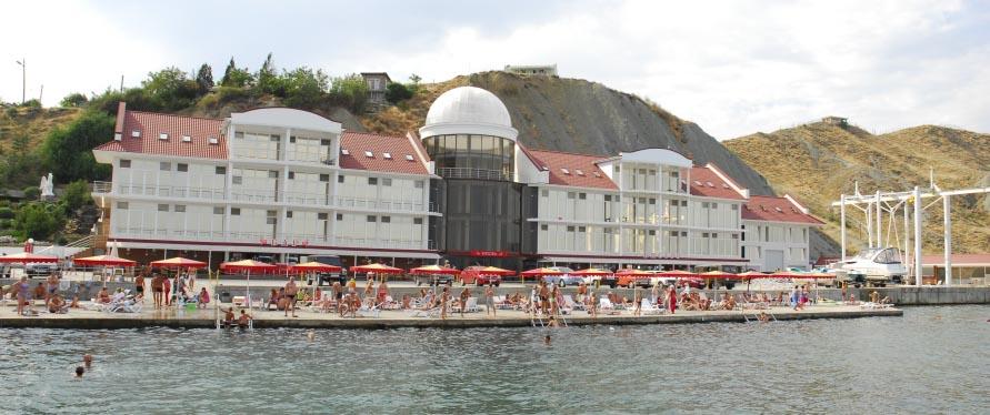 отеле белый грифон коктебель