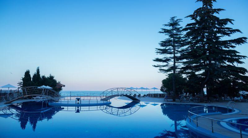 Riviera Sunrise Resort Spa