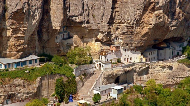 Пещерный монастырь в Инкермане: один из старейших в Крыму